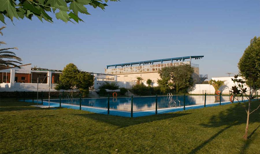 invitamos a la piscina gratis